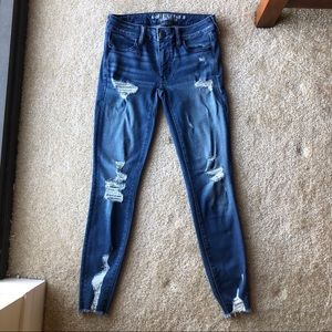 American Eagle Outfitters Ripped Jegging Jeans